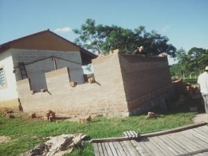 メルセデスの学校建設状況